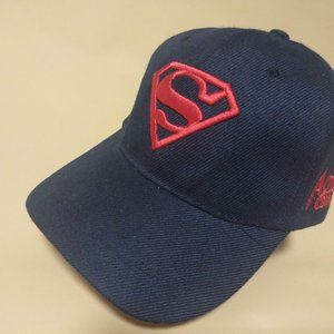SUPERMAN (Red embroidery on blue cap) Amoil Comics